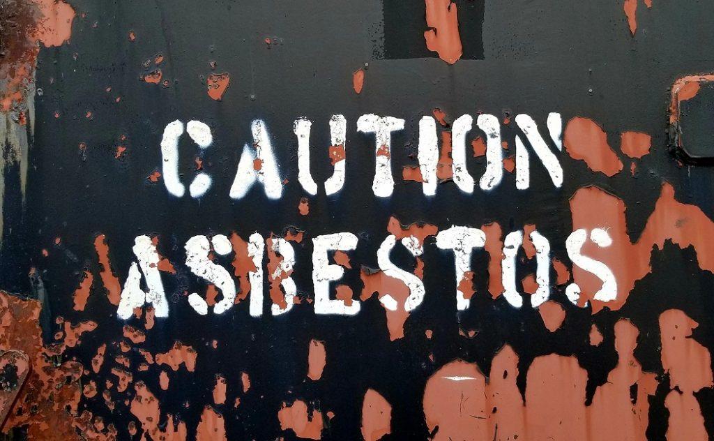 verbod asbestdaken voorlopig van de baan
